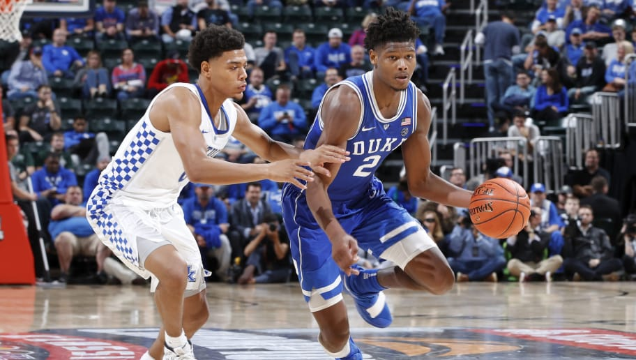 INDIANAPOLIS, IN - NOVEMBER 06: Cam Reddish #2 of the Duke Blue Devils handles the ball against Quade Green #0 of the Kentucky Wildcats during the State Farm Champions Classic at Bankers Life Fieldhouse on November 6, 2018 in Indianapolis, Indiana. Duke defeated Kentucky 118-84. (Photo by Joe Robbins/Getty Images)