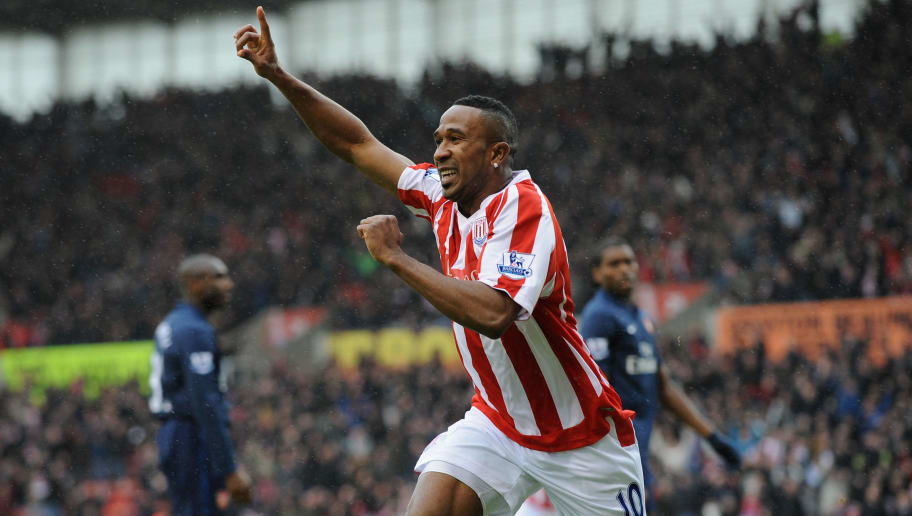 STOKE ON TRENT, ENGLAND - JANUARY 24:  Ricardo Fuller of Stoke celebrates scoring the first goal during the FA Cup sponsored by E.ON Fourth Round match between Stoke City and Arsenal at The Britannia Stadium on January 24, 2010 in Stoke on Trent, England.  (Photo by Laurence Griffiths/Getty Images)