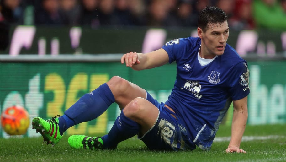 STOKE-ON-TRENT, ENGLAND - FEBRUARY 06:  Gareth Barry of Everton during the Barclays Premier League match between Stoke City and Everton at the Britannia Stadium on February 06, 2016 in Stoke-on-Trent, England.  (Photo by James Baylis - AMA/Getty Images)