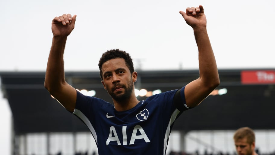 STOKE ON TRENT, ENGLAND - APRIL 07:  Moussa Dembele of Tottenham Hotspur salutes the fans at the end of the Premier League match between Stoke City and Tottenham Hotspur at Bet365 Stadium on April 7, 2018 in Stoke on Trent, England.  (Photo by Tony Marshall/Getty Images)