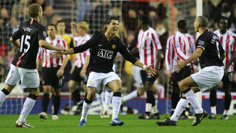 SUNDERLAND, UNITED KINGDOM - DECEMBER 26:  Cristiano Ronaldo of Manchester United celebrates the third goal with Rio Ferdinand during the Barclays Premier League match between Sunderland and Manchester United at The Stadium of Light on December 26, 2007 in Sunderland, England.  (Photo by Laurence Griffiths/Getty Images)