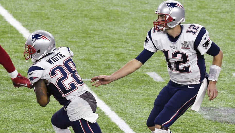 buy online e9324 32e0d Patriots vs Rams Jersey Color Provides Super Bowl Betting ...