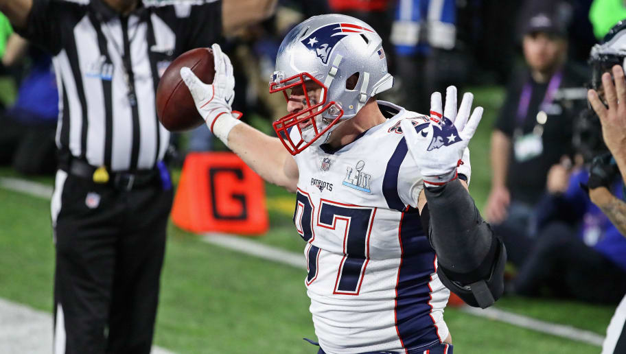 MINNEAPOLIS, MN - FEBRUARY 04:  Rob Gronkowski #87 of the New England Patriots celebrates a touchdown reception against the Philadelphia Eagles in the fourth quarter of Super Bowl LII at U.S. Bank Stadium on February 4, 2018 in Minneapolis, Minnesota. The Eagles defeated the Patriots 41-33.  (Photo by Jonathan Daniel/Getty Images)