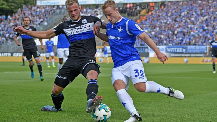 Christoph Hemlein,Fabian Holland