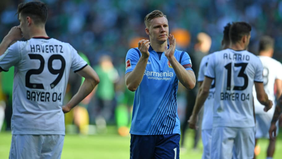 BREMEN, GERMANY - MAY 05: Bernd Leno of Leverkusen applauds the Leverkusen supporters after the Bundesliga match between SV Werder Bremen and Bayer 04 Leverkusen at Weserstadion on May 5, 2018 in Bremen, Germany. (Photo by Thomas Starke/Bongarts/Getty Images)