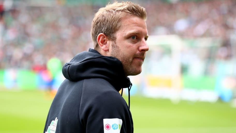 BREMEN, GERMANY - APRIL 29:  Florian Kohfeldt, head coach of Bremen looks on before the Bundesliga match between SV Werder Bremen and Borussia Dortmund at Weserstadion on April 29, 2018 in Bremen, Germany.  (Photo by Martin Rose/Bongarts/Getty Images)