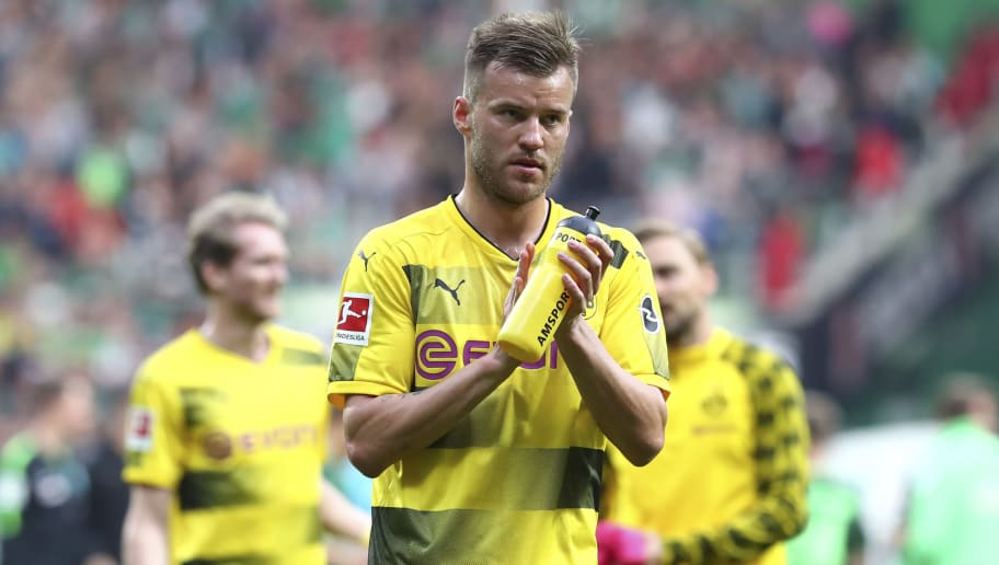 BREMEN, GERMANY - APRIL 29: Andrey Yarmolenko of Dortmund claps his hands after the Bundesliga match between SV Werder Bremen and Borussia Dortmund at Weserstadion on April 29, 2018 in Bremen, Germany. (Photo by TF-Images/Getty Images)