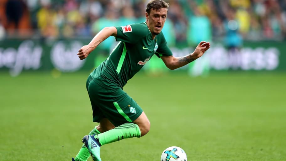 BREMEN, GERMANY - APRIL 29:  Max Kruse of Bremen runs with the ball during the Bundesliga match between SV Werder Bremen and Borussia Dortmund at Weserstadion on April 29, 2018 in Bremen, Germany.  (Photo by Martin Rose/Bongarts/Getty Images)