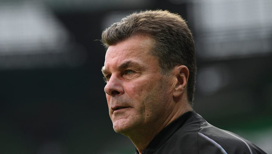 BREMEN, GERMANY - NOVEMBER 10: Head coach Dieter Hecking of Borussia Moenchengladbach looks up prior to the Bundesliga match between SV Werder Bremen and Borussia Moenchengladbach at Weserstadion on November 10, 2018 in Bremen, Germany. (Photo by Oliver Hardt/Bongarts/Getty Images)