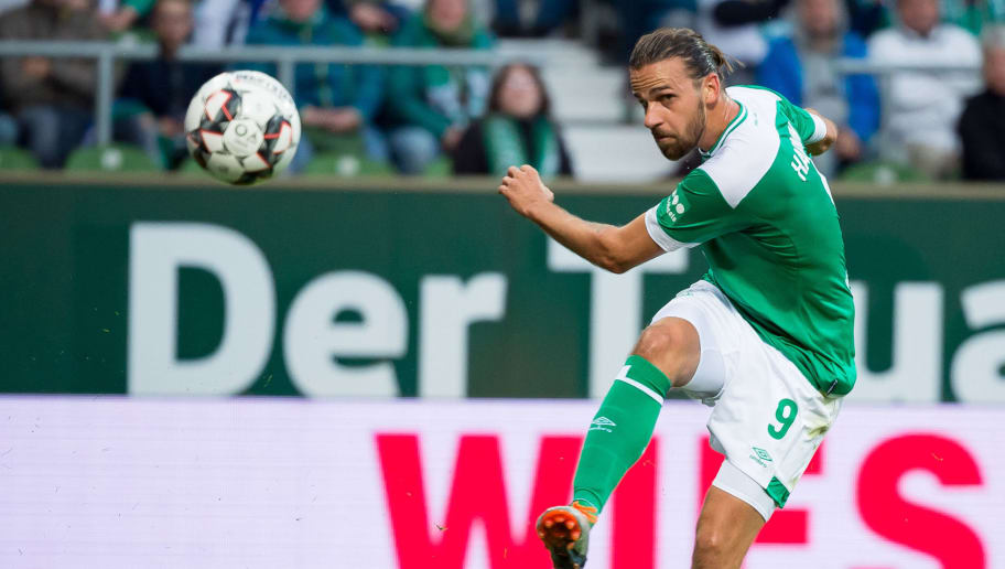 BREMEN, GERMANY - SEPTEMBER 25: Martin Harnik of Werder Bremen controls the ball during the Bundesliga match between SV Werder Bremen and Hertha BSC at Weserstadion on September 25, 2018 in Bremen, Germany. (Photo by TF-Images/Getty Images)
