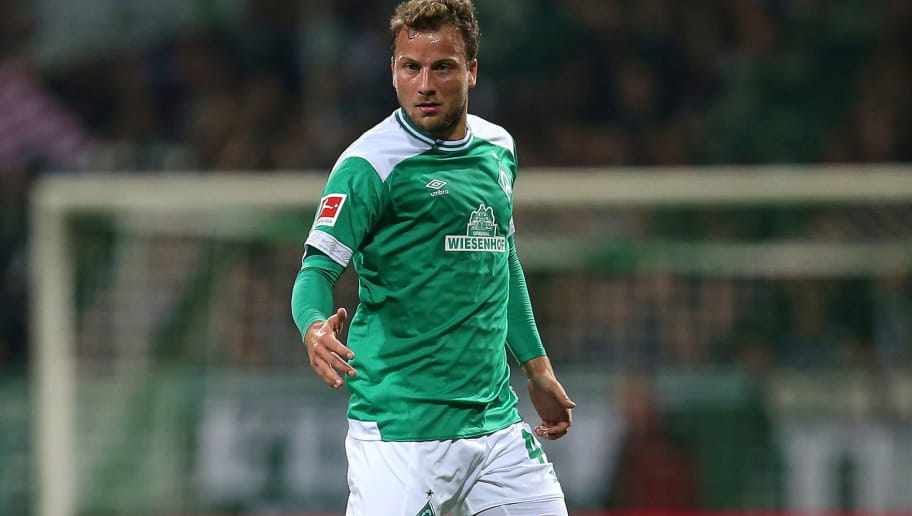 BREMEN, GERMANY - OCTOBER 05: Philipp Bargfrede of Bremen runs with the ball during the Bundesliga match between SV Werder Bremen and VfL Wolfsburg at Weserstadion on October 5, 2018 in Bremen, Germany. (Photo by Cathrin Mueller/Bongarts/Getty Images)