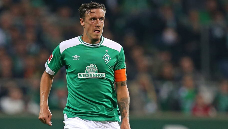 BREMEN, GERMANY - OCTOBER 05: Max Kruse of Bremen runs with the ball during the Bundesliga match between SV Werder Bremen and VfL Wolfsburg at Weserstadion on October 5, 2018 in Bremen, Germany. (Photo by Cathrin Mueller/Bongarts/Getty Images)