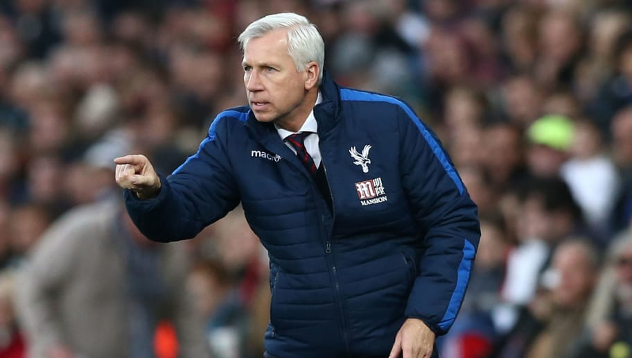SWANSEA, WALES - NOVEMBER 26:  Alan Pardew, Manager of Crystal Palace gestures during the Premier League match between Swansea City and Crystal Palace at Liberty Stadium on November 26, 2016 in Swansea, Wales.  (Photo by Jan Kruger/Getty Images)