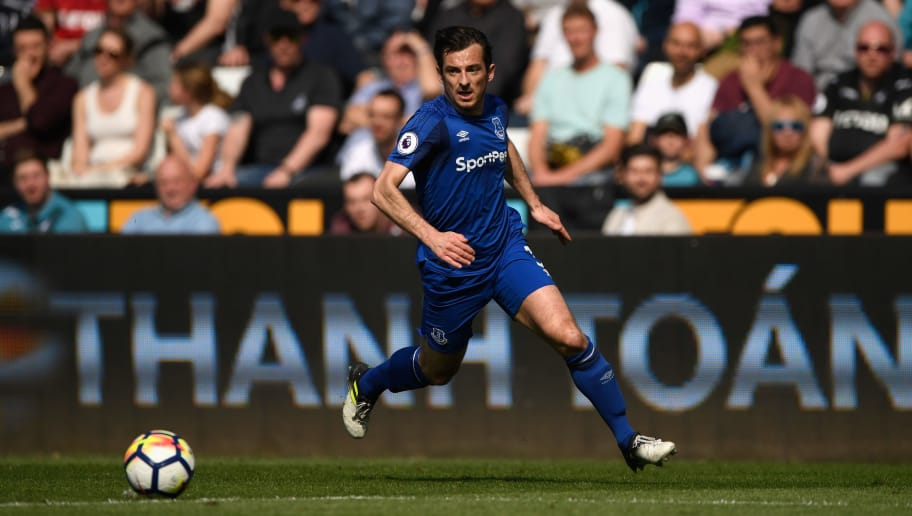 SWANSEA, WALES - APRIL 14: Everton player Leighton Baines in action during the Premier League match between Swansea City and Everton at Liberty Stadium on April 14, 2018 in Swansea, Wales.  (Photo by Stu Forster/Getty Images)