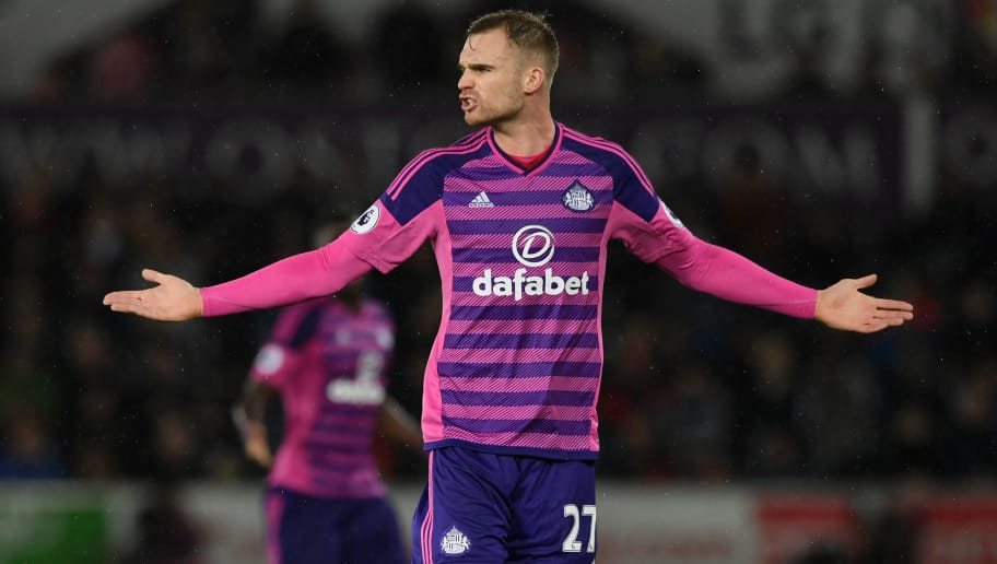 SWANSEA, WALES - DECEMBER 10:  Sunderland player Jan Kirchoff reacts during the Premier League match between Swansea City and Sunderland at Liberty Stadium on December 10, 2016 in Swansea, Wales.  (Photo by Stu Forster/Getty Images)