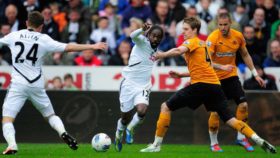 SWANSEA, WALES - APRIL 28:  Swansea player Nathan Dyer in action during the Barclays Premier league match between Swansea City and Wolverhampton Wanderers at Liberty Stadium on April 28, 2012 in Swansea, Wales.  (Photo by Stu Forster/Getty Images)