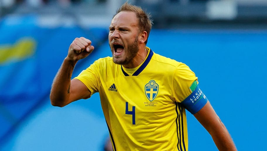 SAINT PETERSBURG, RUSSIA - JULY 03: Andreas Granqvist of Sweden celebrates after Emil Forsberg of Sweden scored their team`s first goal during the 2018 FIFA World Cup Russia Round of 16 match between Sweden and Switzerland at Saint Petersburg Stadium on July 3, 2018 in Saint Petersburg, Russia. (Photo by TF-Images/Getty Images)