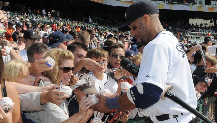 DETROIT - SEPTEMBER 28:  Gary Sheffield of the Detroit Tigers signs autographs for fans during pre-game against the Tampa Bay Rays at Comerica Park in Detroit, Michigan on September 28, 2008. The Rays defeated the Tigers 8-7. (Photo by Mark Cunningham/MLB Photos via Getty Images)