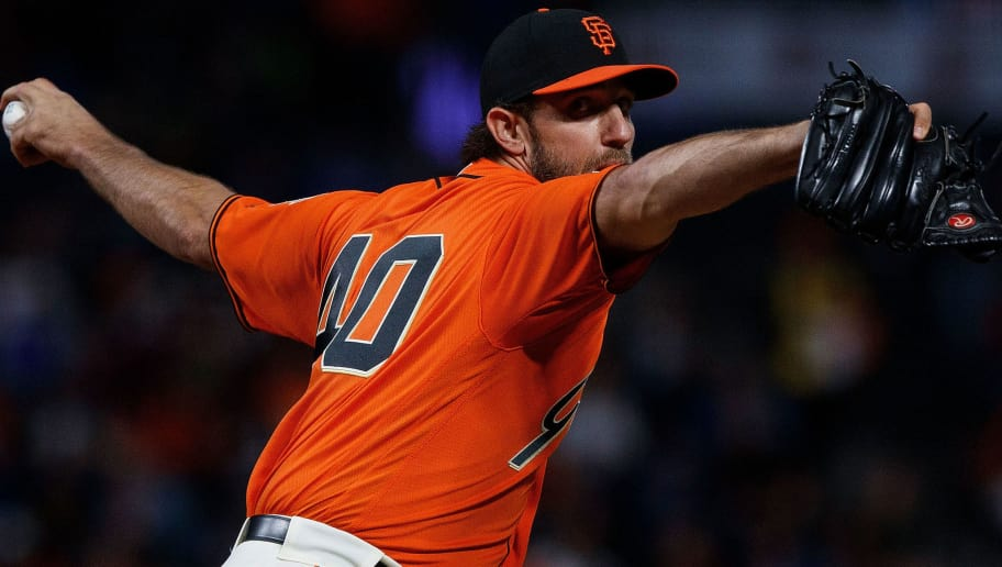 SAN FRANCISCO, CA - SEPTEMBER 28: Madison Bumgarner #40 of the San Francisco Giants pitches against the Los Angeles Dodgers during the first inning at AT&T Park on September 28, 2018 in San Francisco, California. The Los Angeles Dodgers defeated the San Francisco Giants 3-1. (Photo by Jason O. Watson/Getty Images)