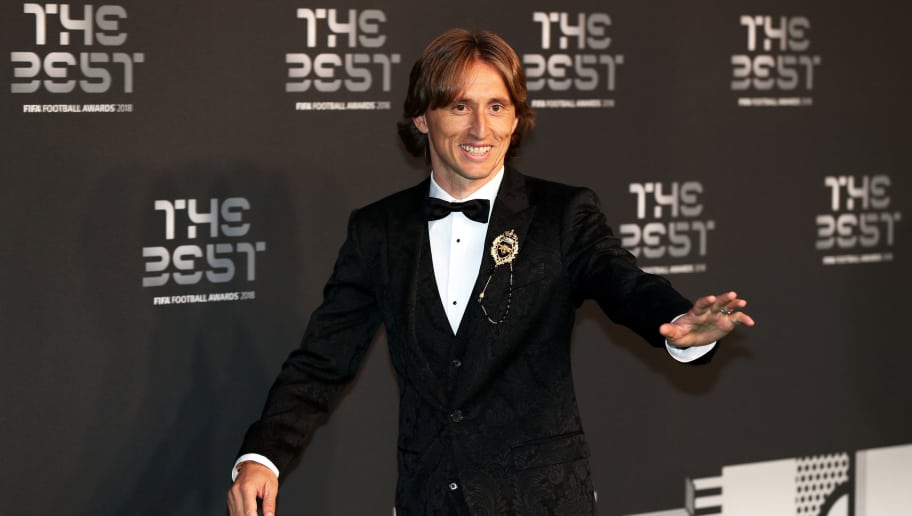 LONDON, ENGLAND - SEPTEMBER 24:  Luka Modric of Real Madrid arrives on the Green Carpet ahead of The Best FIFA Football Awards at Royal Festival Hall on September 24, 2018 in London, England.  (Photo by Dan Istitene/Getty Images)