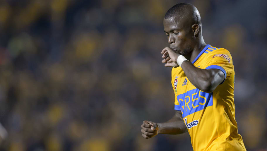 MONTERREY, MEXICO - DECEMBER 02: Enner Valencia of Tigres celebrates after scoring his team first goal during the semifinal second leg match between Tigres UANL and America as part of the Torneo Apertura 2017 Liga MX at Universitario Stadium on December 2, 2017 in Monterrey, Mexico. (Photo by Azael Rodriguez/Getty Images)