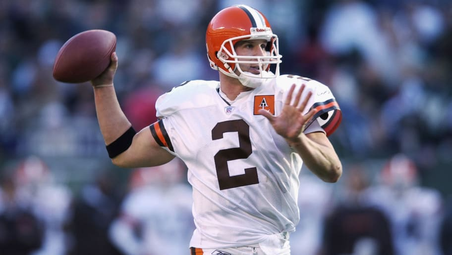 Tim Couch #2 throws a pass