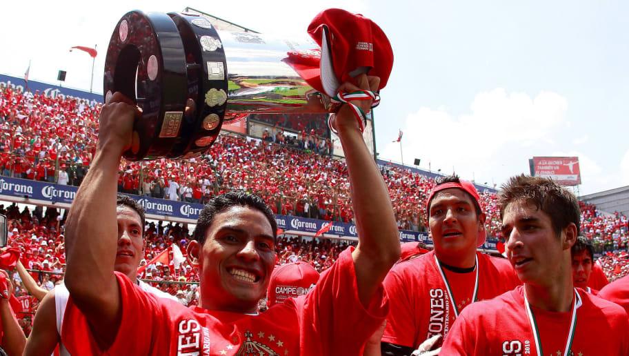 Toluca v Santos - Bicentenario 2010