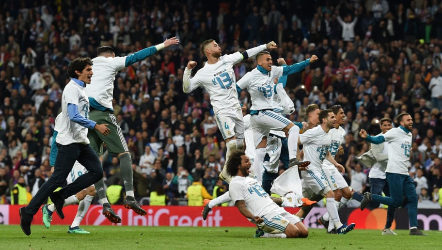 TOPSHOT - Real Madrid's players celebrate after the UEFA Champions League semi-final second-leg football match Real Madrid CF vs FC Bayern Munich in Madrid, Spain, on May 1, 2018. (Photo by Christof STACHE / AFP)        (Photo credit should read CHRISTOF STACHE/AFP/Getty Images)