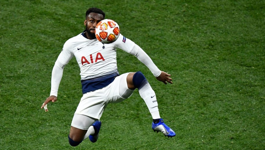 Juventus Manager Maurizio Sarri Eyes Move for Danny Rose as Schalke & PSG Also Chase Left Back