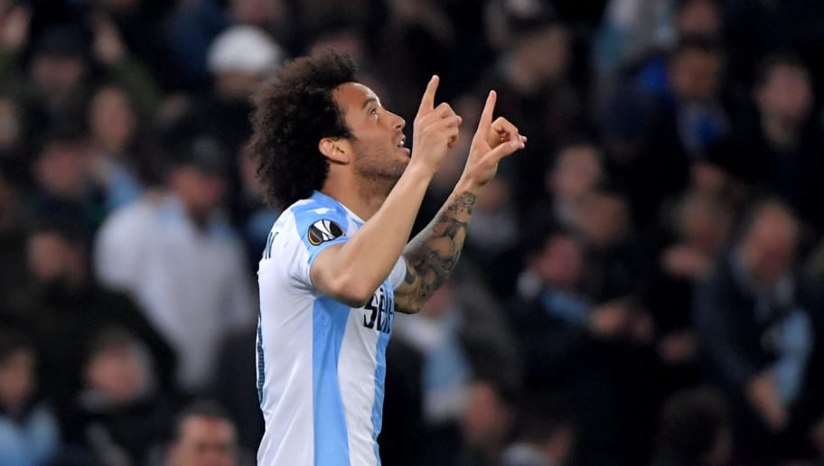 TOPSHOT - Lazio's midfielder from Brazil Felipe Anderson celebrates after scoring during the UEFA Europa League quarter final first leg football match between SS Lazio and FC Salzburg on April 5, 2018 at the Olympic stadium in Rome. / AFP PHOTO / TIZIANA FABI        (Photo credit should read TIZIANA FABI/AFP/Getty Images)