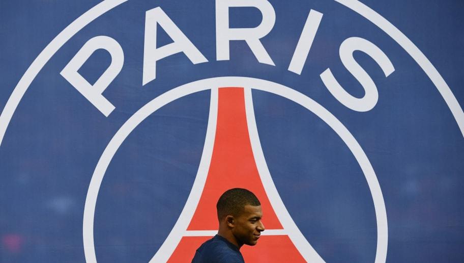 TOPSHOT-FBL-FRA-LIGUE1-PARIS-NIMES