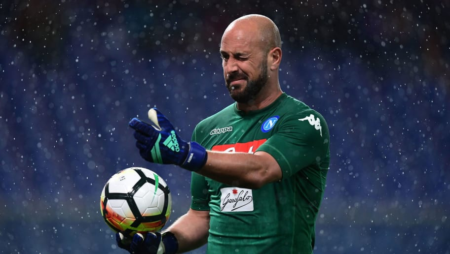 TOPSHOT - Napoli's Spanish goalkeeper Jose Manuel Reina gestures during the Italian Serie A football match Sampdoria vs Napoli on May 13, 2018 at the Luigi Ferraris stadium in Genova. (Photo by MIGUEL MEDINA / AFP)        (Photo credit should read MIGUEL MEDINA/AFP/Getty Images)