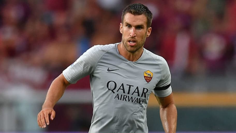 TURIN, ITALY - AUGUST 19:  Kevin Strootman of AS Roma in action during the Serie A match between Torino FC and AS Roma at Stadio Olimpico di Torino on August 19, 2018 in Turin, Italy.  (Photo by Valerio Pennicino/Getty Images)