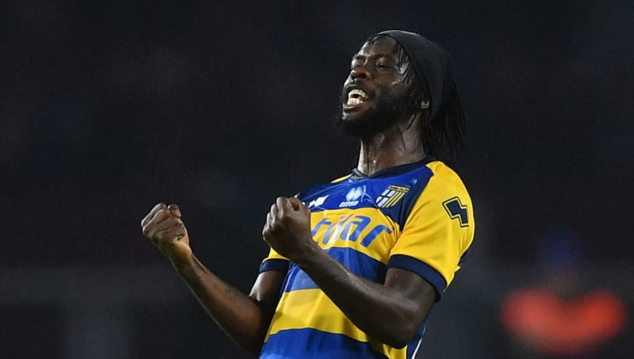 TURIN, ITALY - NOVEMBER 10:  Gervinho of Parma Calcio celebrates victory at the end of the Serie A match between Torino FC and Parma Calcio at Stadio Olimpico di Torino on November 10, 2018 in Turin, Italy.  (Photo by Valerio Pennicino/Getty Images)