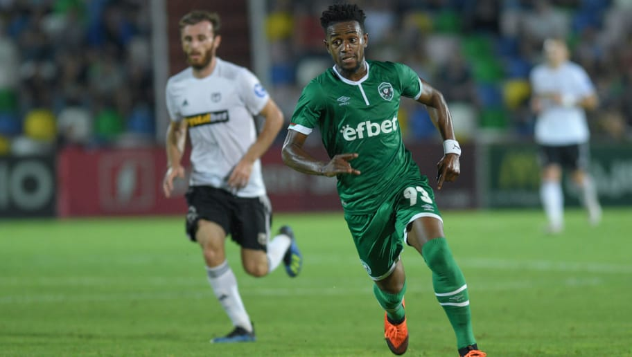 TBILISI, GEORGIA - AUGUST 23: Virgil Misidjan of Ludogorets chases the ball during the UEFA Europa League playoff first leg match betweek Torpedo Kutaisi and Ludogorets at Mikheil Meskhi Stadium on August 23, 2018 in Tbilisi, Georgia. (Photo by Levan Verdzeuli/Getty Images)