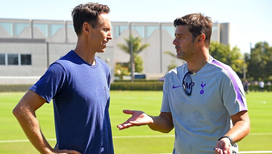 PLAYA DEL REY, CA - JULY 23:  Mauricio Pochettino manager of Tottenham Hotspur FC talks with fan and retired NBA player Steve Nash during practice at Loyola Marymount University on July 23, 2018 in Playa del Rey, California.  (Photo by Jayne Kamin-Oncea/Tottenham Hotspur FC via Getty Images)