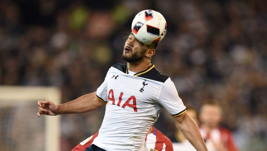 MELBOURNE, AUSTRALIA - JULY 29:   Cameron Carter-Vickers of Tottenham Hotspur headers the ball during 2016 International Champions Cup Australia match between Tottenham Hotspur and Atletico de Madrid at Melbourne Cricket Ground on July 29, 2016 in Melbourne, Australia.  (Photo by Vince Caligiuri/Getty Images)