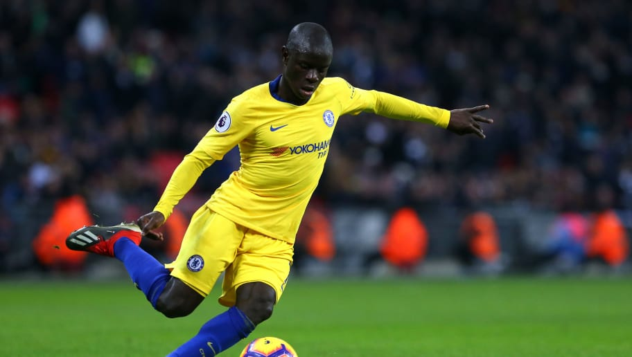 LONDON, ENGLAND - NOVEMBER 24: N'Golo Kante of Chelsea FC during the Premier League match between Tottenham Hotspur and Chelsea FC at Wembley Stadium on November 24, 2018 in London, United Kingdom. (Photo by Chloe Knott - Danehouse/Getty Images)
