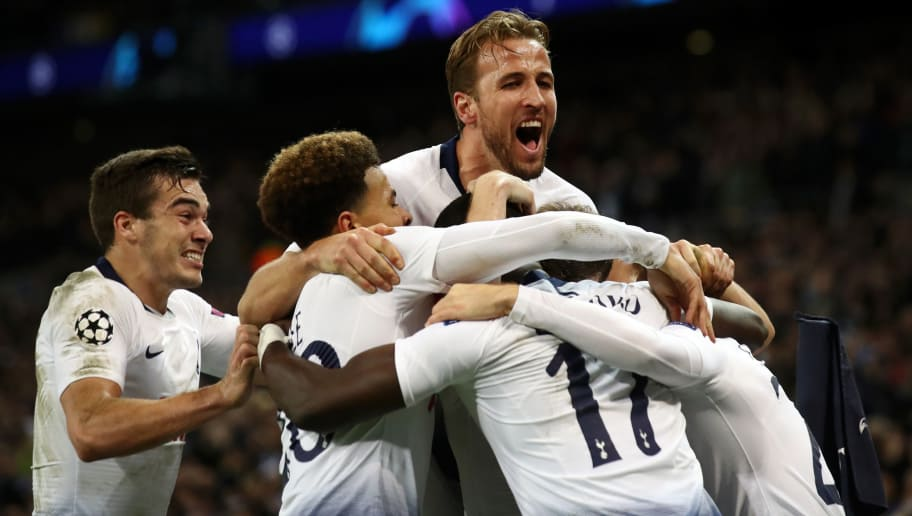 LONDON, ENGLAND - NOVEMBER 28:  Christian Eriksen of Tottenham Hotspur celebrates with teammates after scoring his team's first goal during the UEFA Champions League Group B match between Tottenham Hotspur and FC Internazionale at Wembley Stadium on November 28, 2018 in London, United Kingdom.  (Photo by Julian Finney/Getty Images)