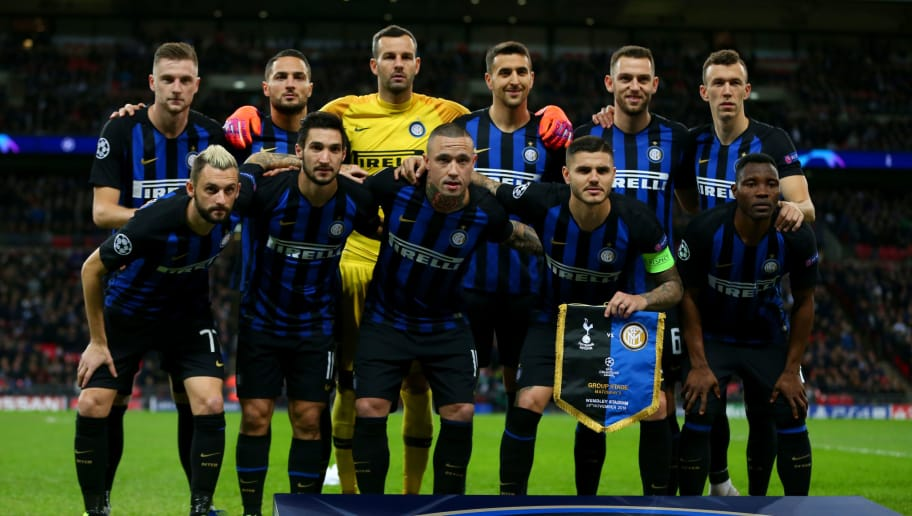 LONDON, ENGLAND - NOVEMBER 28:  The Internazionale players line up for a team photograph before the Group B match of the UEFA Champions League between Tottenham Hotspur and FC Internazionale at Wembley Stadium on November 28, 2018 in London, United Kingdom. (Photo by Dan Istitene/Getty Images)