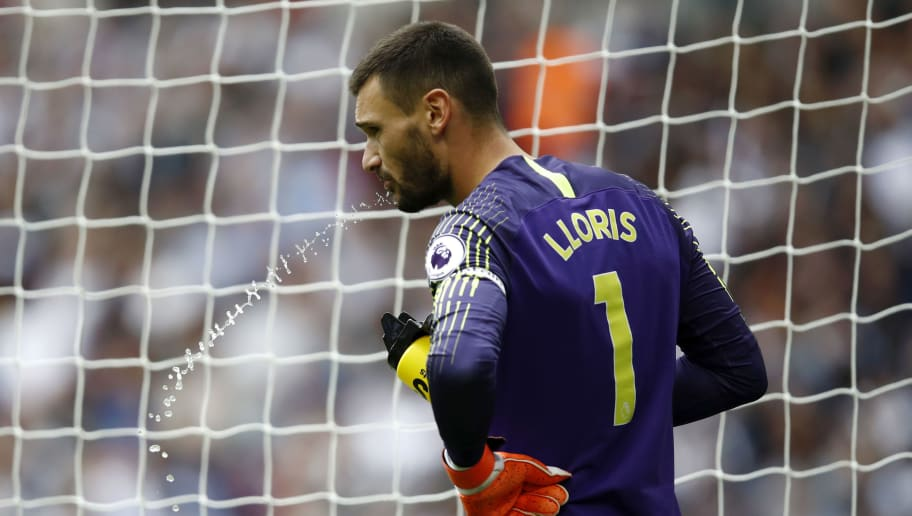 LONDON, ENGLAND - AUGUST 18:  Hugo Lloris of Tottenham Hotspur has a drink during the Premier League match between Tottenham Hotspur and Fulham FC at Wembley Stadium on August 18, 2018 in London, United Kingdom.  (Photo by Julian Finney/Getty Images)