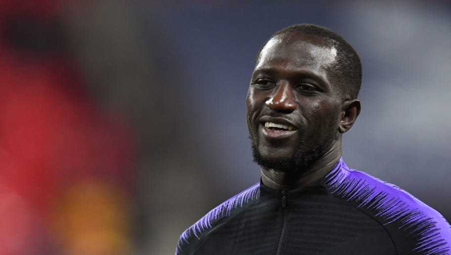 LONDON, ENGLAND - OCTOBER 29: Tottenham Hotspur's Moussa Sissoko during the pre-match warm-up before the Premier League match against Manchester City at Wembley Stadium on October 29, 2018 in London, United Kingdom. (Photo by Ashley Western/MB Media/Getty Images)