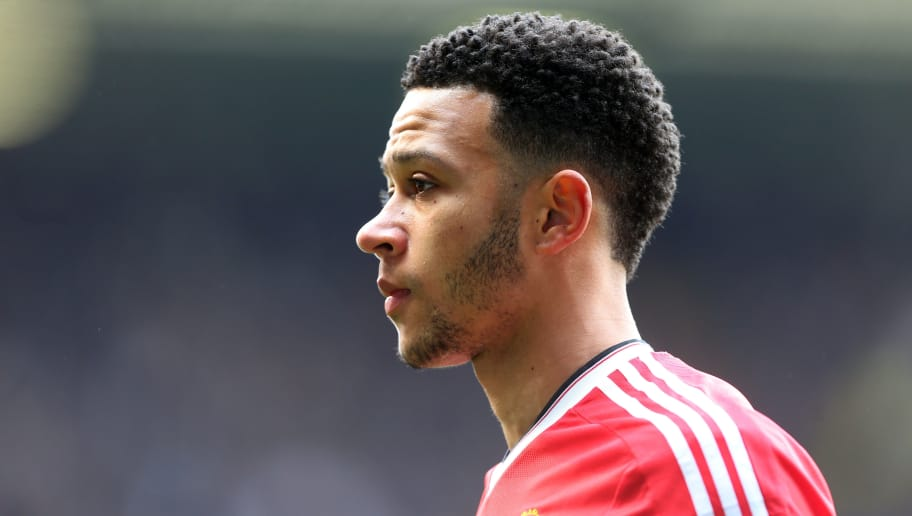 LONDON, ENGLAND - APRIL 10 :  Memphis Depay of Manchester United during the Barclays Premier League match between Tottenham Hotspur and Manchester United at White Hart Lane on April 10, 2016 in London, England.  (Photo by Catherine Ivill - AMA/Getty Images)