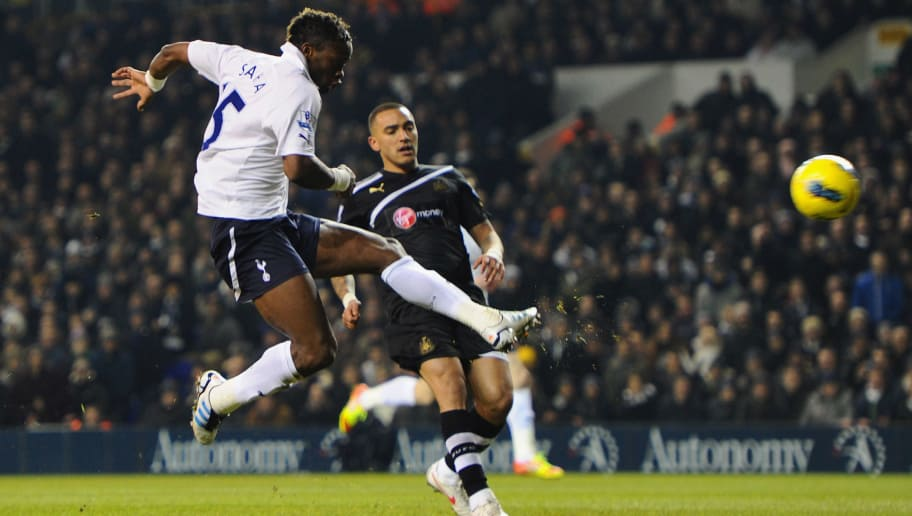 LONDON, ENGLAND - FEBRUARY 11: Louis Saha of Spurs scores their second goal during the Barclays Premier League match between Tottenham Hotspur and Newcastle United at White Hart Lane on February 11, 2012 in London, England.  (Photo by Mike Hewitt/Getty Images)
