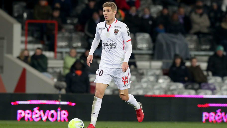TOULOUSE, FRANCE - NOVEMBER 29:  Maxime Le Marchand of Nice in action during the Ligue 1 match between Toulouse and OGC Nice   at Stadium Municipal on November 29, 2017 in Toulouse.  (Photo by Romain Perrocheau/Getty Images)
