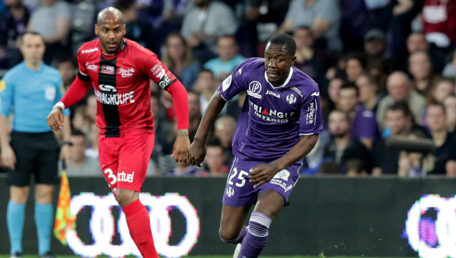 TOULOUSE, FRANCE - MAY 19: Giannelli Imbula of Toulouse in action during the Ligue 1 match between Toulouse and EA Guingamp at Stadium Municipal on May 19, 2018 in Toulouse, . (Photo by Romain Perrocheau/Getty Images,)