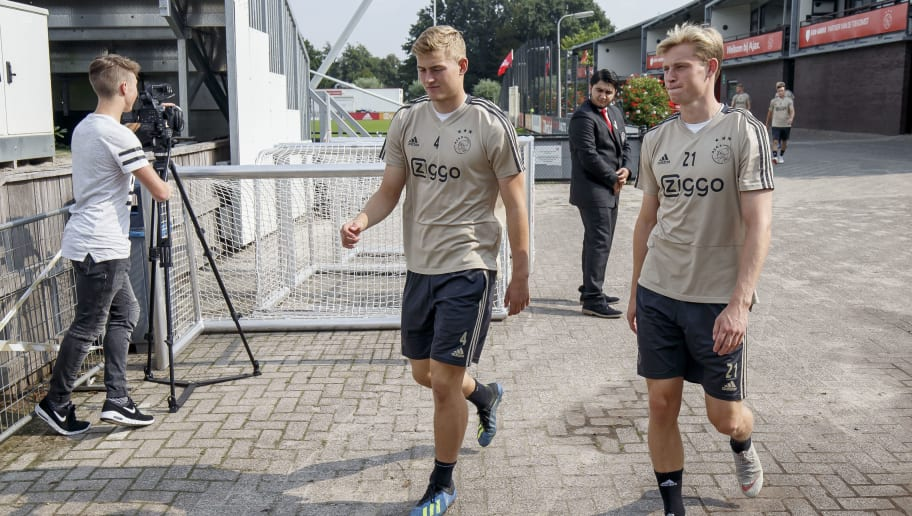 AMSTERDAM, NETHERLANDS - AUGUST 21: (L-R) Matthijs de Ligt of Ajax, Frenkie de Jong of Ajax  during the   Training Ajax at the De Toekomst on August 21, 2018 in Amsterdam Netherlands (Photo by Erwin Spek/Soccrates/Getty Images)