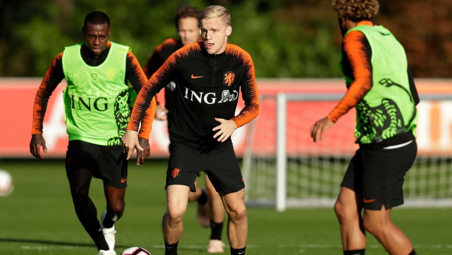 ZEIST, NETHERLANDS - OCTOBER 9: Donny van de Beek of Holland  during the   Training Holland at the KNVB Campus on October 9, 2018 in Zeist Netherlands (Photo by Laurens Lindhout/Soccrates /Getty Images)