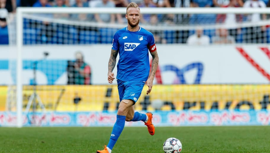 SINSHEIM, GERMANY - OCTOBER 07: Kevin Vogt of Hoffenheim controls the ball during the Bundesliga match between TSG 1899 Hoffenheim and Eintracht Frankfurt at Wirsol Rhein-Neckar-Arena on October 7, 2018 in Sinsheim, Germany. (Photo by TF-Images/Getty Images)