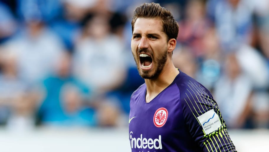 SINSHEIM, GERMANY - OCTOBER 07: Goalkeeper Kevin Trapp of Eintracht Frankfurt gestures during the Bundesliga match between TSG 1899 Hoffenheim and Eintracht Frankfurt at Wirsol Rhein-Neckar-Arena on October 7, 2018 in Sinsheim, Germany. (Photo by TF-Images/Getty Images)